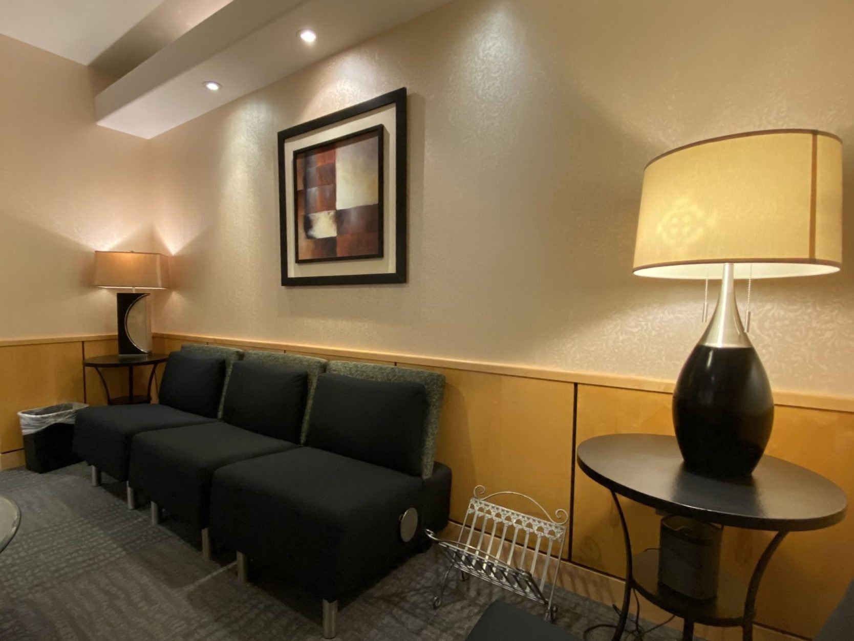craig r dufresne md facs waiting area couch
